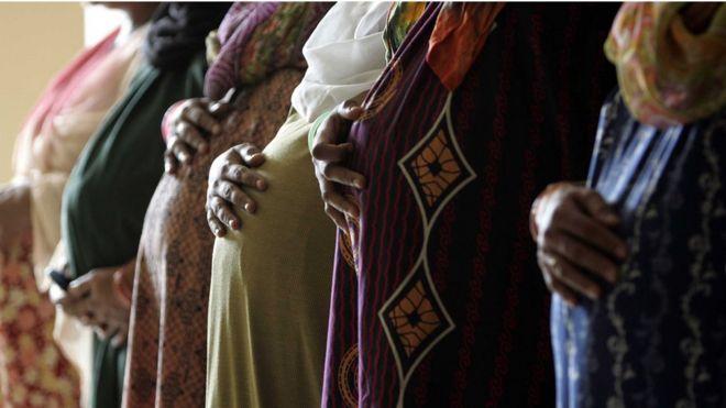 Vientres de alquiler en India
