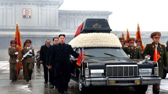 Kim Jong-un no funeral do pai, em 28 de dezembro de 2011