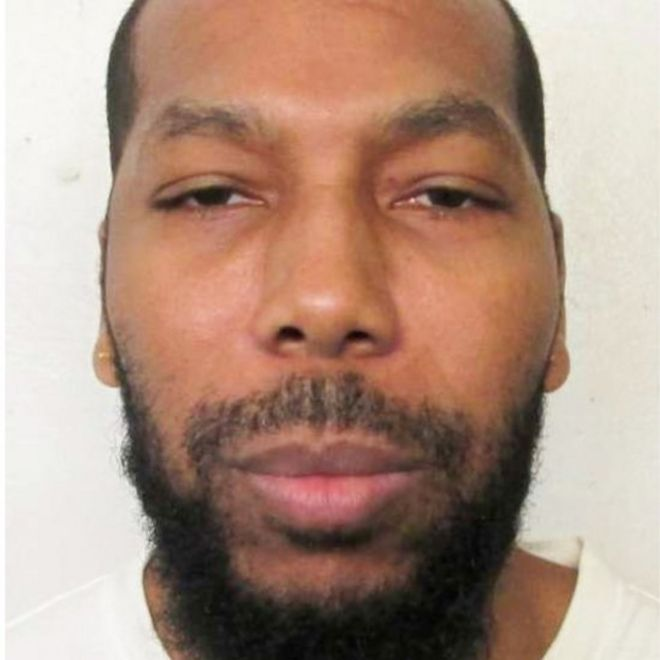 US court stays Muslim inmate's execution over denial of imam