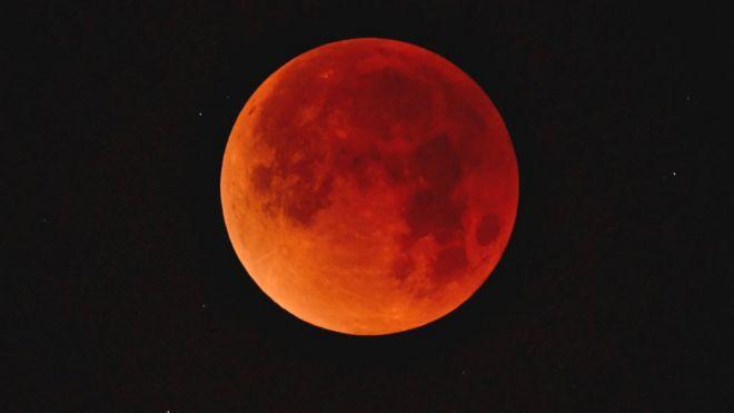 """Résultat de recherche d'images pour """"eclipse lunaire"""""""