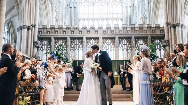 Ellie Goulding Marries Caspar Jopling In York Minster Bbc News