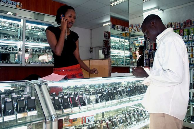 Hầu hết người châu Phi kết nối với internet nhờ điện thoại Trung Quốc giá rẻ