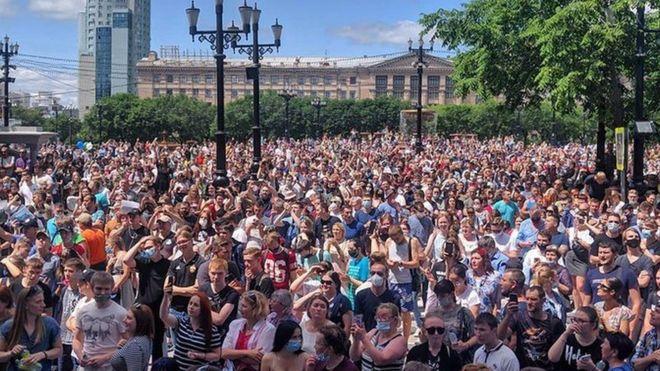 Прямую трансляцию митинга из Хабаровска вел региональный штаб Навального