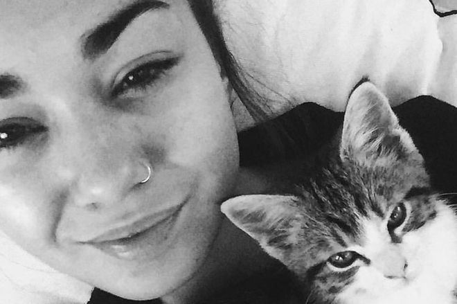 Mia Ayliffe-Chung with her cat Leo