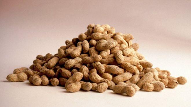 Первое лекарство от аллергии на арахис одобрено в США