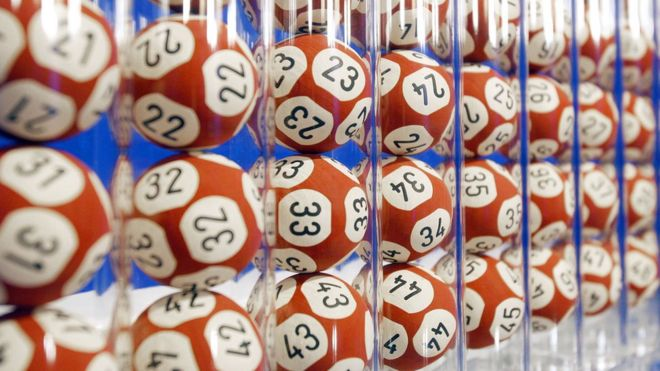 Australian wins lottery using numbers from a dream - BBC News