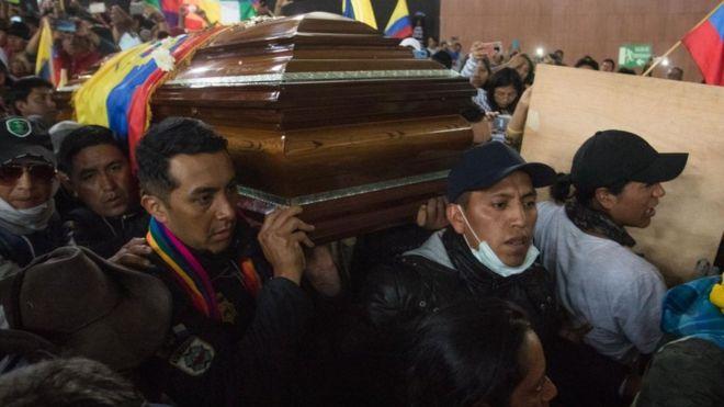 Resultado de imagen para 5 muertos en protestas en ecuador
