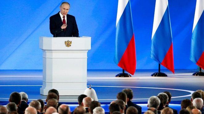 Vladimir Putin faz seu discurso anual sobre o Estado da União em 15 de janeiro de 2020