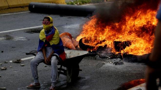 Anti-Maduro demonstrator in Caracas, 24 April