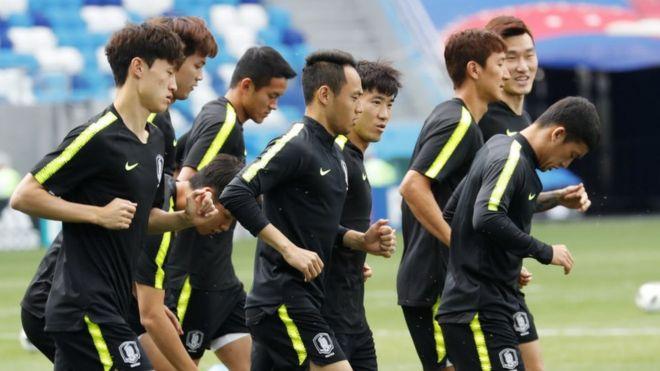 کلک مربی کره جنوبی برای گمراه کردن رقبا در جام جهانی