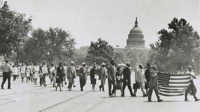 Protesto em 1946, em Washington, contra linchamentos no Sul do país