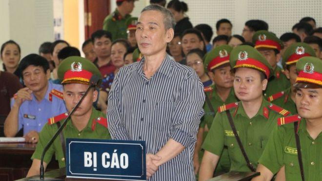 Ông Lê Đình Lượng tại phiên tòa sơ thẩm hôm 16/8