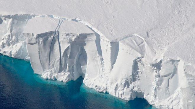 Льодовики у Західній Антарктиці тануть швидше, ніж деінде