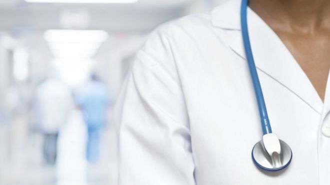 1a0e8dd5ff4 Relaxing visa rules for doctors and nurses - BBC News