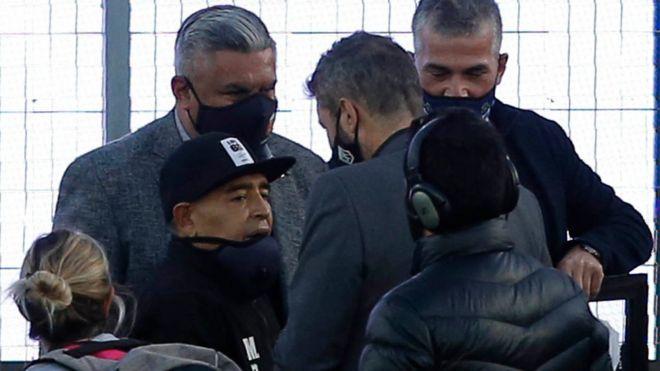 Maradona celebró su cumpleaños yendo al estadio a dirigir a su equipo,