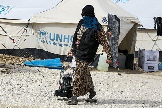 Una mujer en el campo de refugiados de al Hol, a 14 kilómetros de la frontera Siria con Irak, el 1 de febrero de 2017.