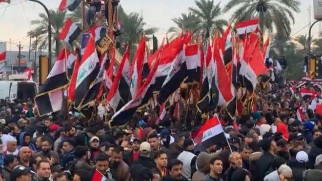 مظاهرات العراق: احتشاد الآلاف في بغداد للتظاهر ضد الوجود الأمريكي في البلاد