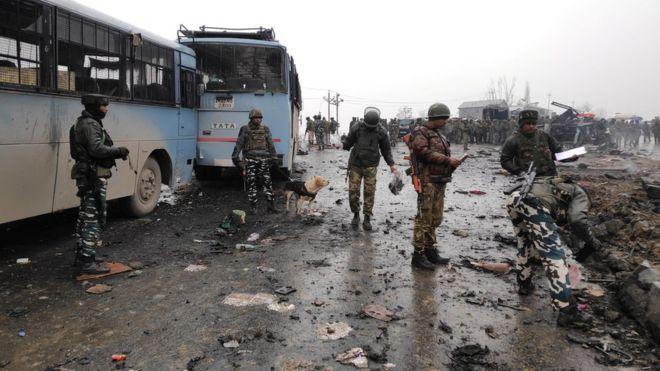 पुलवामा आतंकी हमला राहुल गांधी के लिए इमेज परिणाम