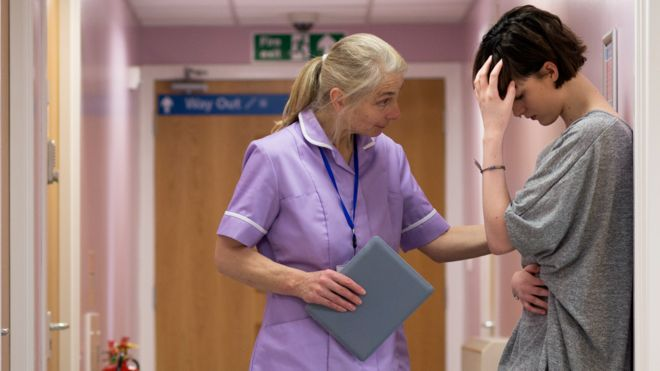 Nine Out Of 10 Largest Hospital Trusts Short Of Nurses >> Nhs No Chance Of Training Enough Staff Bbc News