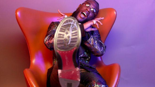 Burna Boy African Giant album dey totori pipo - BBC News Pidgin
