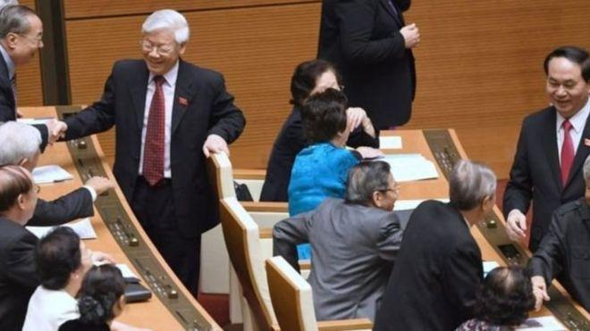 Tổng Bí thư ĐCS Nguyễn Phú Trọng, đồng thời là Trưởng Ban Chỉ đạo Trung ương về phòng chống tham nhũng, được dẫn lời nói tại một hội nghị tại Hà Nội hôm 25/06 rằng cuộc chiến chống tham nhũng còn khó khăn, phức tạp, và chịu sức ép rất lớn từ rất nhiều phía