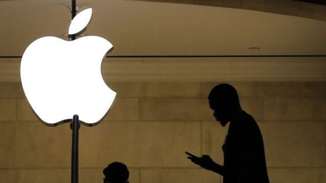 هل تخفض أبل أسعار أجهزة أيفون بعد تراجع مبيعاتها؟