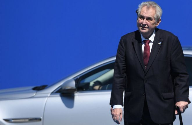Czech President Milos Zeman arrives for a summit in Brussels on 25 May, 2017