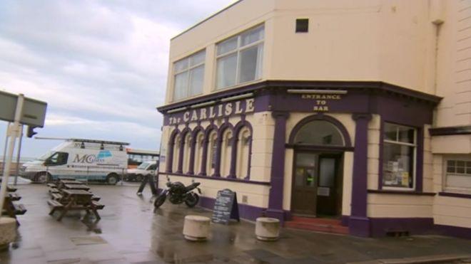 Eyeballs ruptured in 'ferocious Hells Angels attack' - BBC News