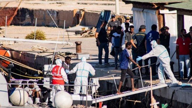 One of the 27 unaccompanied minors arrive on Lampedusa