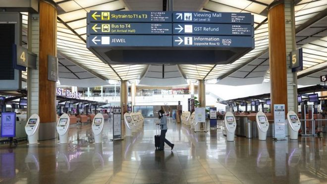 """Bandara Changi Singapura telah memperingatkan """"periode yang menakutkan"""" di depan."""