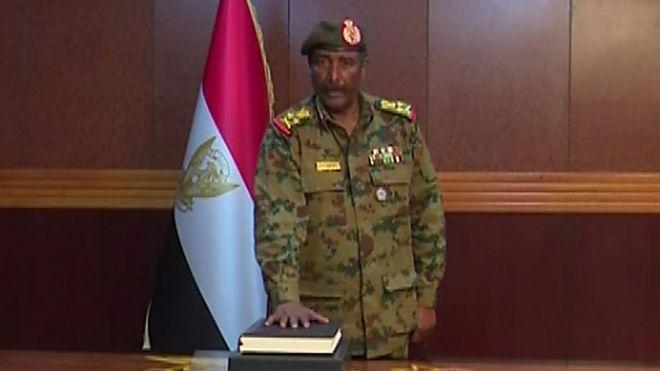 تغطية متجدده للاحداث المتلاحقه في السودان  - صفحة 2 _106435658_hi053421368