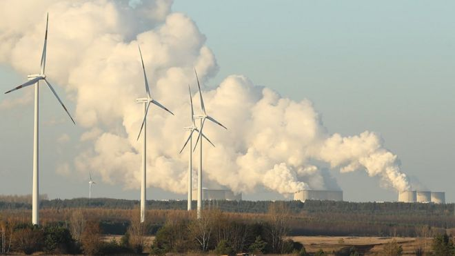 Isle of Man public 'backs onshore wind turbines' to tackle