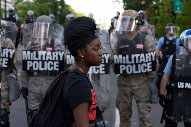 美国调兵平乱的法律依据—《叛乱法》