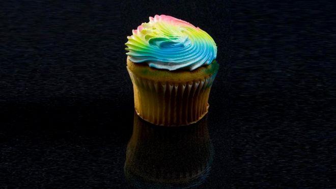 Хотя пирожное скорее сладкое на вкус, соли в нем тоже достаточно