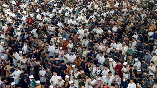Праздник Ид-аль-Фитр в Индонезии