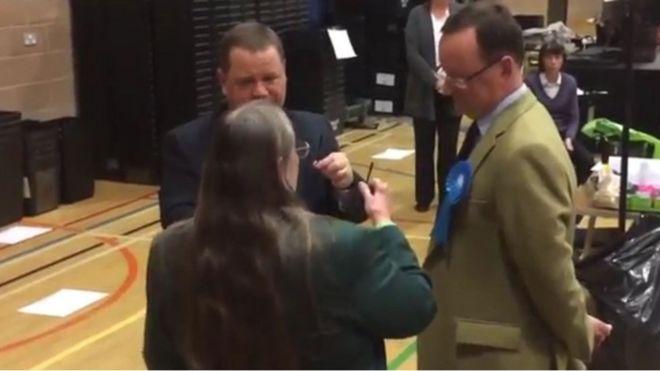 İngiltere: çöp çekerek belediye başkanı seçtiler