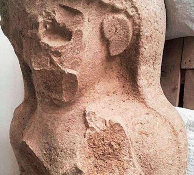 Busto de una mujer encontrado en Tayinat