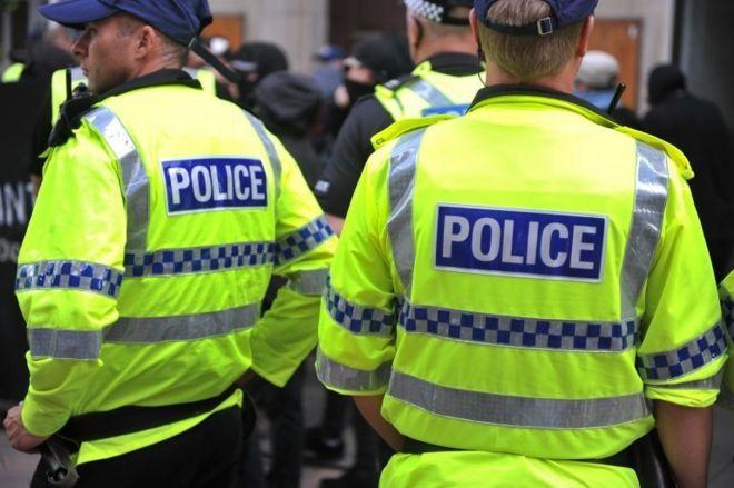 Nottinghamshire'da görev yapan polisler