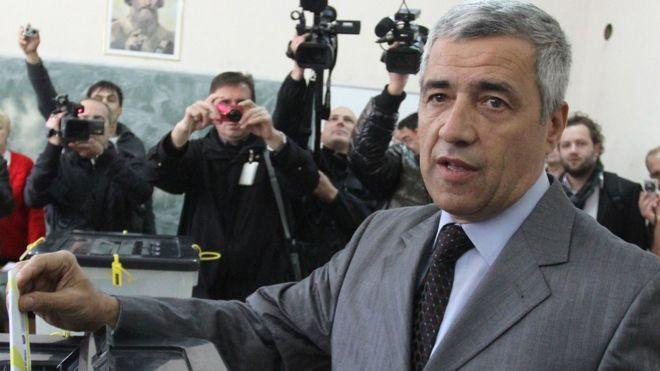 Oliver Ivanovic Abstimmung, 2013 Datei Bild