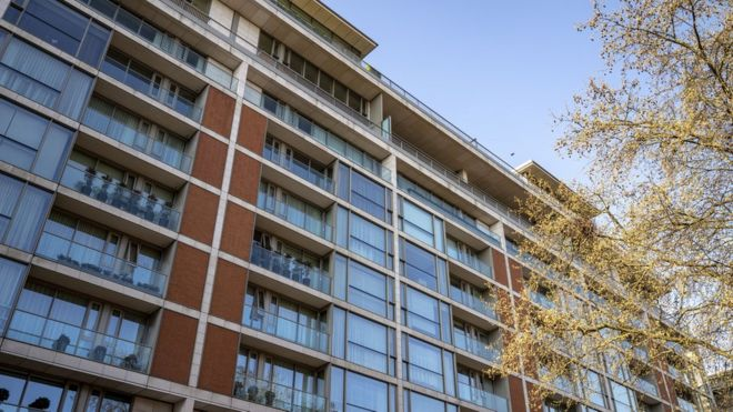 Четыре квартиры в доме 199 в Найтсбридже связывали с бандой
