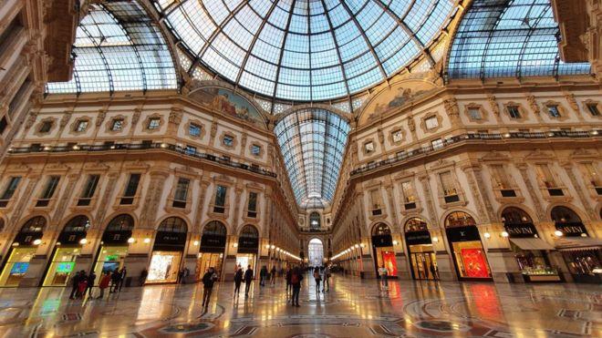 Galería de Víctor Manuel II en Milán.
