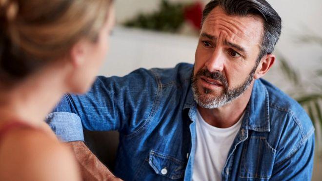 Сторониться бывшего партнера после разрыва с ним в любом случае полезно, даже если вам и хочется снова завоевать его/ее сердце