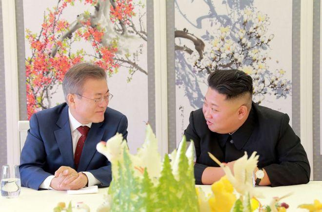 9月18日,韓國總統文在寅訪問平壤,並與朝鮮最高領導人金正恩舉行今年第三度會晤。