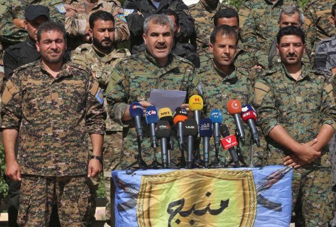 الحرب في سوريا: من يقاتل من في منبج؟