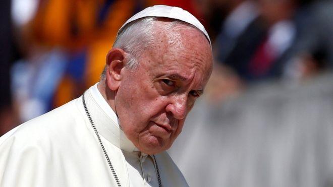"""Папа Франциск отменил """"папскую тайну"""" по делам о священниках-педофилах"""