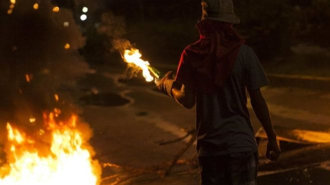 A protester in Barquisimeto, Venezuela. Photo: 15 May 2017