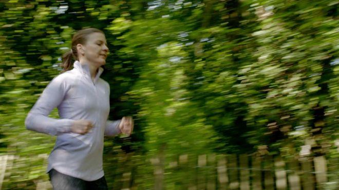 Valerie correndo