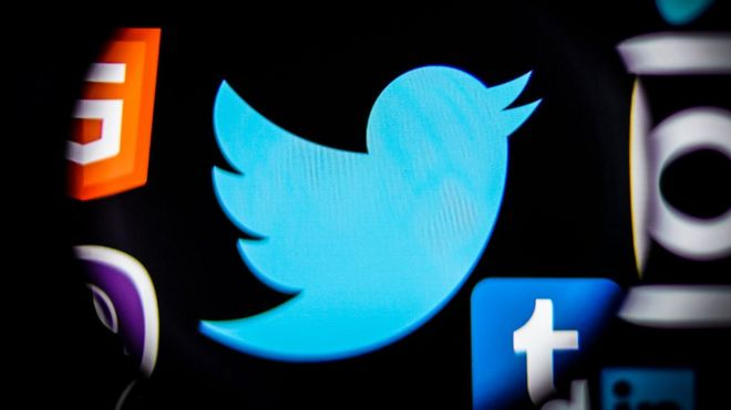 Twitter birth-year hoax locks users out of accounts - BBC News