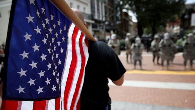 """""""Ven a las mujeres como una plaga"""": cómo son los grupos """"supremacistas masculinos"""" incluidos por primera vez en el mapa del odio de Estados Unidos"""