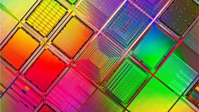 Los chips de silicio se miden en nanómetros e IBM dice que ha logrado el más pequeño de la historia.